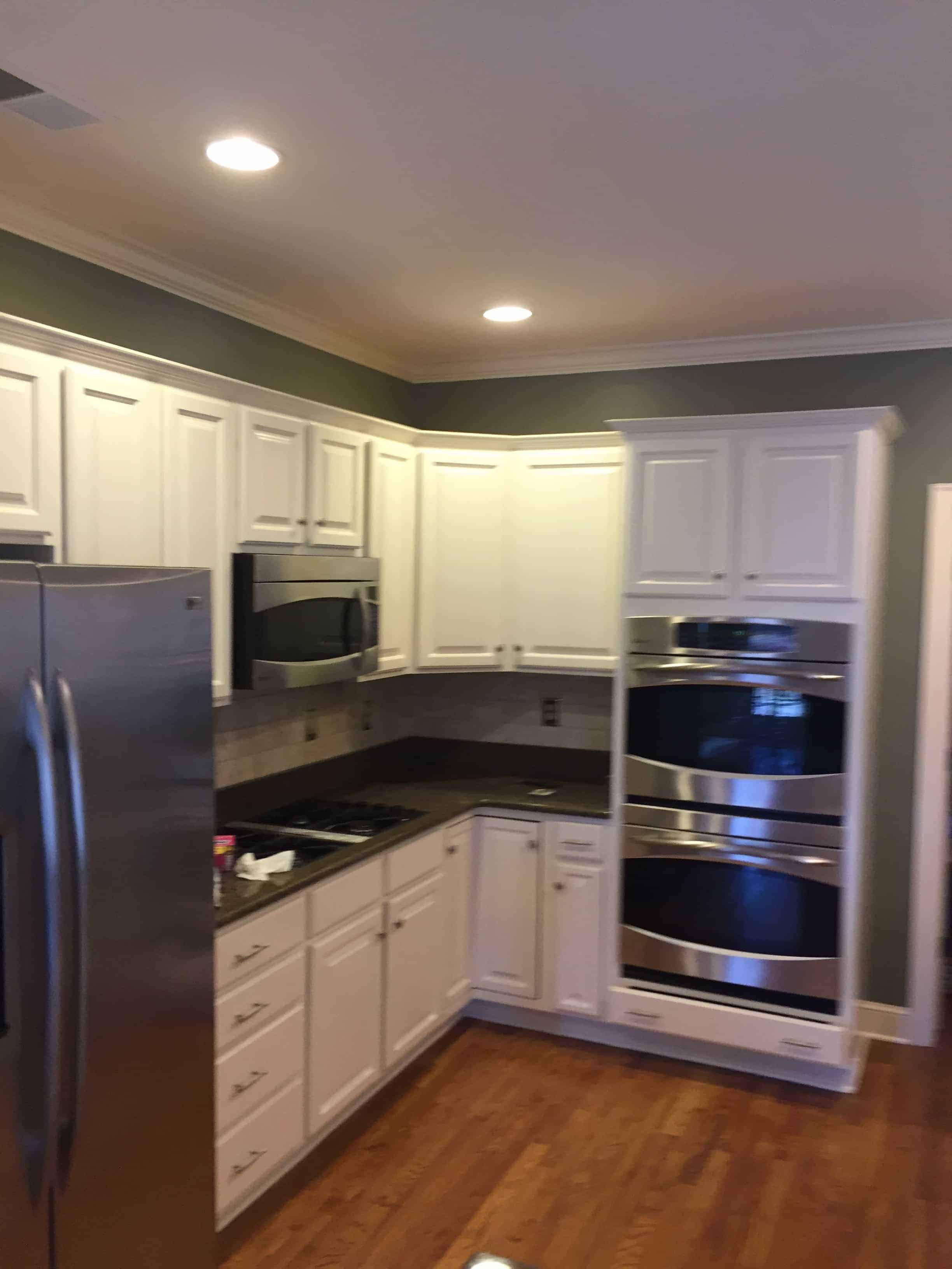 Kitchen Cabinet Painting : kitchen-cabinets-memphis - kurilladesign.com